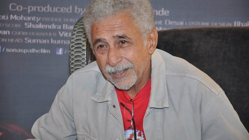 I never dreamt of romancing girls younger than my daughter: Naseeruddin Shah