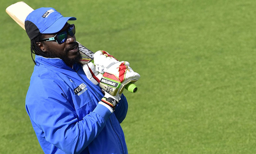 Gayle 'fit' for Big Bash but not for West Indies Test side