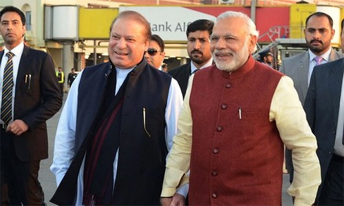 Modi returns to India after surprise Pakistan visit
