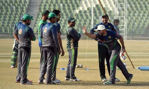 Players cannot be counselled after they become 'stars': Waqar Younis
