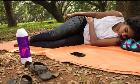 This Indian campaign encourages Pakistani women to siesta in public spaces to reclaim them