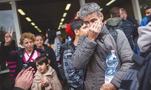 German town bans male asylum seekers from public pools