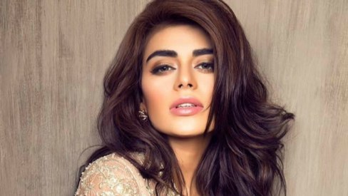Sadaf Kanwal set to make her big screen debut with Osman Khalid Butt and Ainy Jaffri