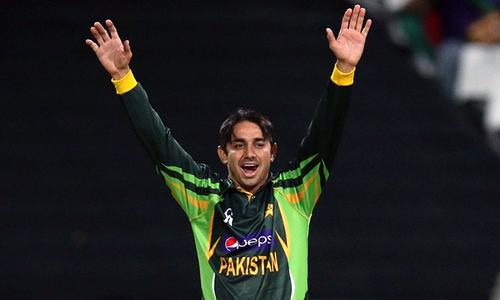 Ajmal strikes thrice as Islamabad cruise to first PSL victory