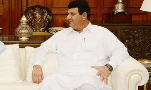 Imran asks CM to lodge case against Muqam for instigating medics