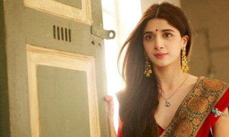 Here's what Indian critics had to say about Mawra Hocane's Bolly debut, Sanam Teri Kasam