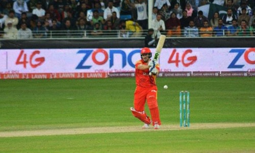 Sharjeel, Watson fire as United down Qalandars by eight wickets