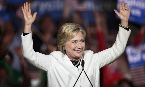 Clinton, Trump claim big Super Tuesday wins