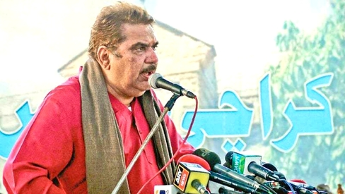 First couplet read out by Indian astronaut in space was Allama Iqbal's, says Raza Murad