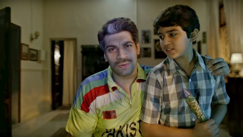 Ick, he's back: 'Mauka' man Skypes with Afridi in new ad
