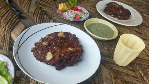 Weekend grub: Could these chapli kebabs from Peshawar be the best in Pakistan?