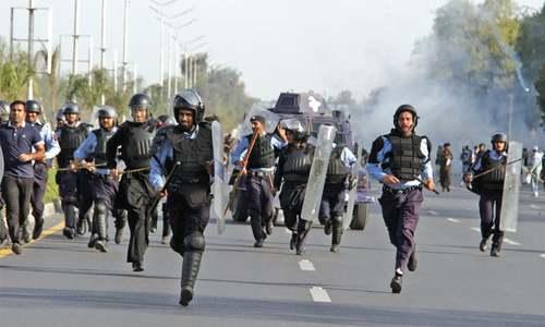 Violent mobs catch law enforcers off guard