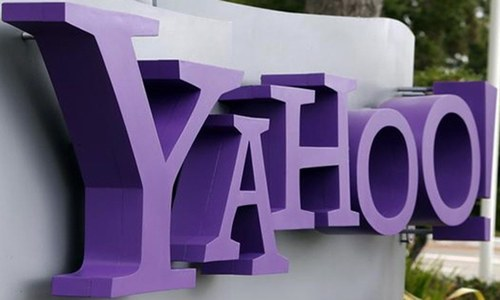 Yahoo sets deadline for buyers to present preliminary bids