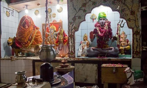 India court says women have equal right to enter temples
