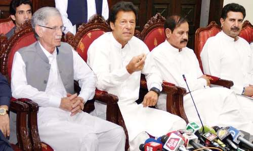 Imran backs army chief's call for uprooting corruption
