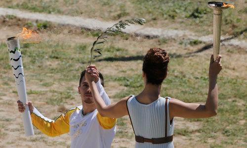 یونان میں ریو اولمپک 2016 کی مشعل روشن