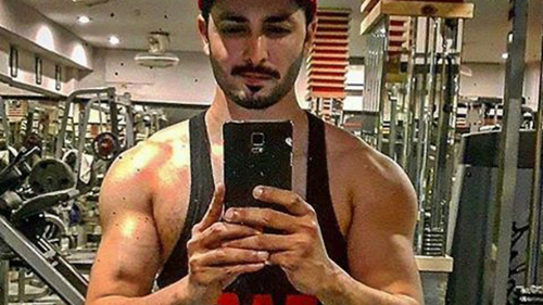 Move over, Umair Jaswal! There's a new ripped bod in town