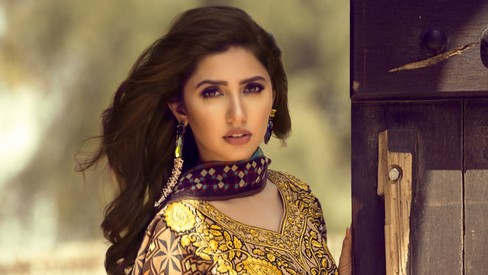 Will Mahira Khan and Feeha Jamshed's lawn prove to be a winning combination?
