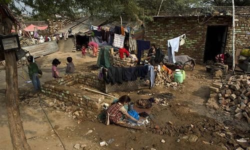 In India's slums, domestic workers' daughters campaign for their rights