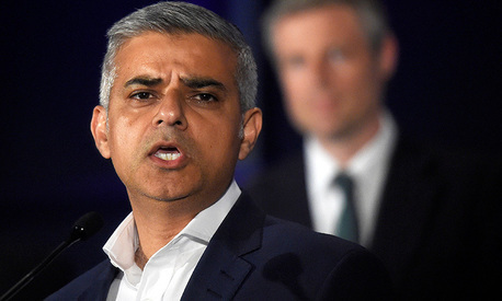 London's mayor Sadiq Khan condemns Cameron's 'Trump-style' attacks