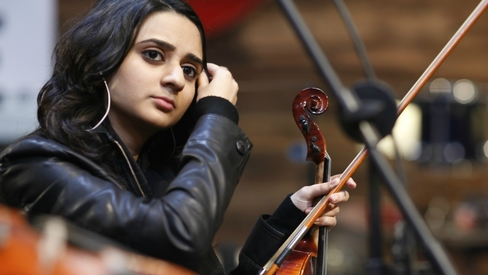 Inside Nescafe Basement: Amal Nadeem's first love is the violin, but it may not be her calling