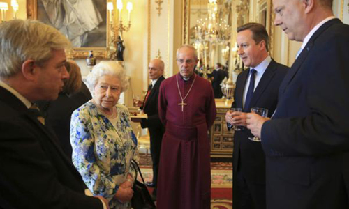 Queen, British PM in double diplomatic gaffe
