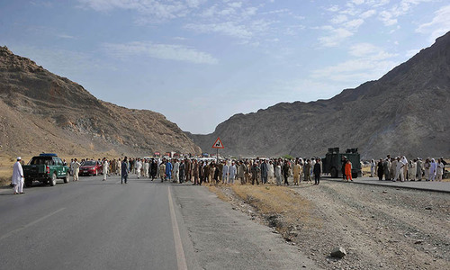 Tension prevails as more forces deployed along Torkham border