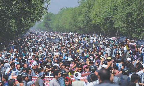 Thousands of Afghan Hazaras join power line protest in Kabul