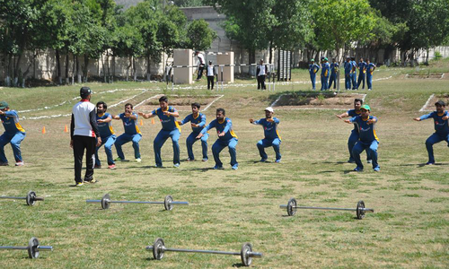 Tug of war: Pakistani cricketers overpower Army cadets