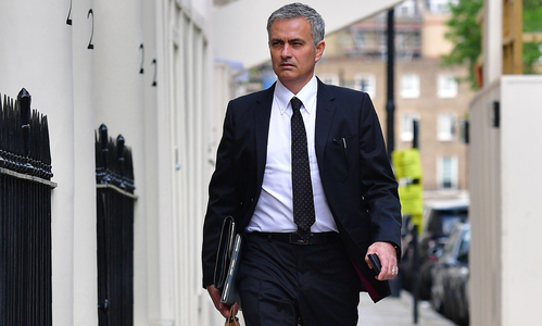 Manchester United appoints Jose Mourinho as new manager