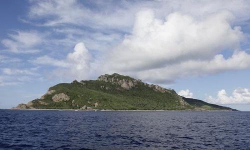 China eyes turning South China Sea islands into Maldives-style resorts