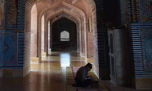 تاریخی شاہ جہاں مسجد توجہ کی طلب گار