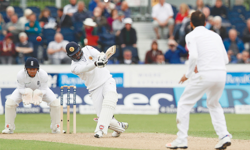 Silva stands firm as Sri Lanka follow on in second Test