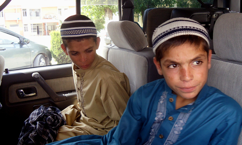 'Solar kids' return to Balochistan