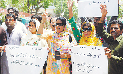 Protest over rape, murder of Hindu girl