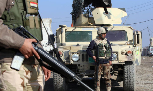 Iraqi forces face tough IS resistance on Fallujah fringes