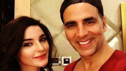 Selfie explained: Pakistani model Sadia Khan may act opposite Akshay Kumar