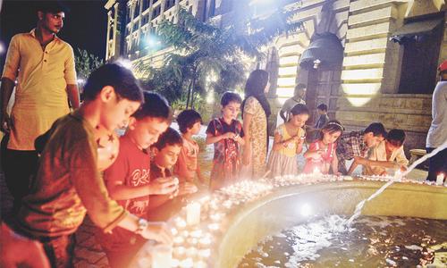 Candlelit vigil held for Sabri