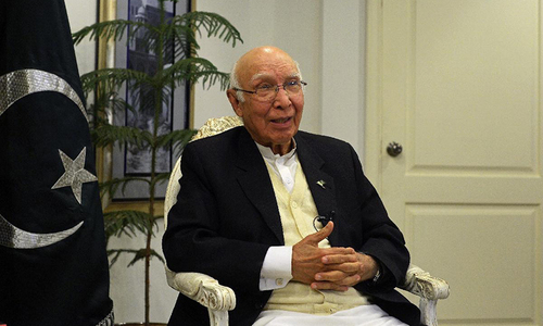 Indian bid for NSG foiled due to Pakistan's diplomatic efforts: Sartaj Aziz