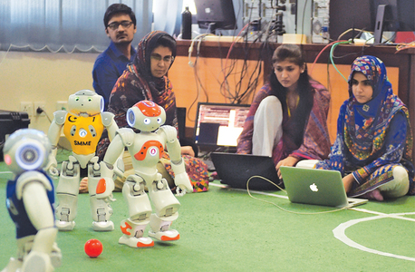 Roboteers hunt for football glory