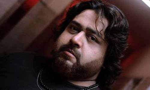 Actor Nadeem Jafri robbed in Karachi, demands security
