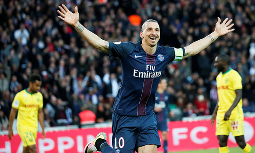 Zlatan Ibrahimovic to join Manchester United