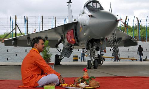 ہندوستان بھی جنگی جہاز بنانے میں کامیاب