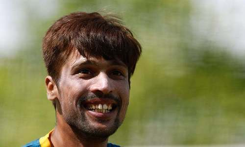 Pakistan fans, former cricketers unite behind Amir ahead of Lord's return