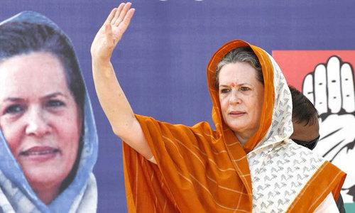 Mishandled Kashmir poses grave danger: Sonia