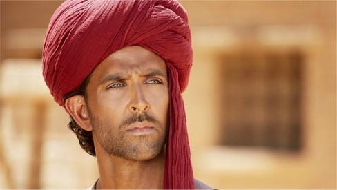Please suspend disbelief when watching 'Mohenjo Daro', says director Ashutosh Gowariker