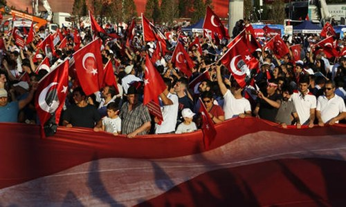 Turkey's ruling and opposition parties rally for democracy