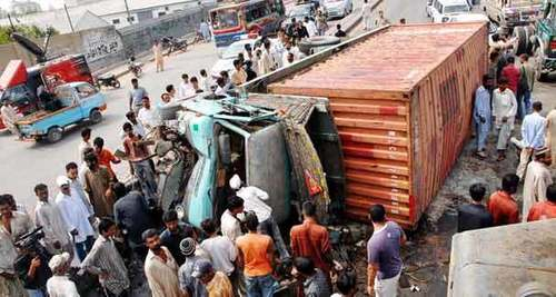 4 dead, 6 injured in Quetta road crash