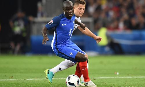 Kante a welcome selection headache for Chelsea manager Conte