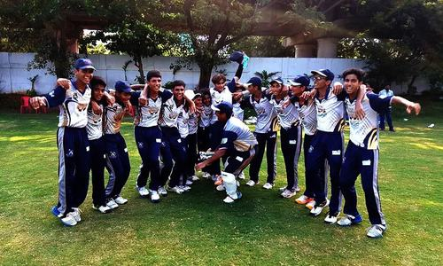 Customs Academy team lift Rajiv Gandhi Trophy in India